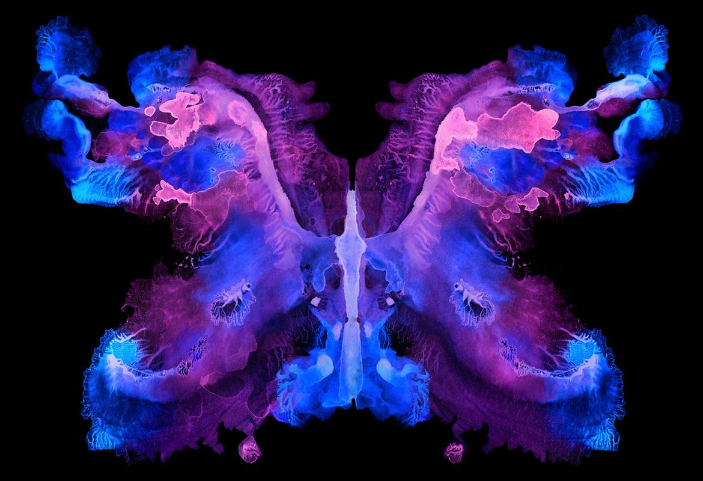 Lila Schmetterling künstlerisch