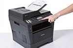 MFC-8520DN ermöglicht beidseitiges Drucken, Kopieren, Scannen und Faxen