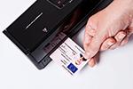 ADS-1100W ermöglicht Scannen von Plastikkarten