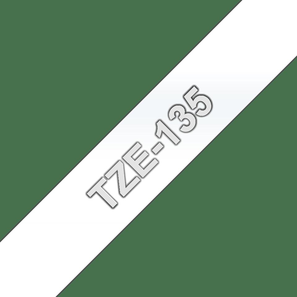 Brother TZe-135 Schriftband – weiß auf transparent 3