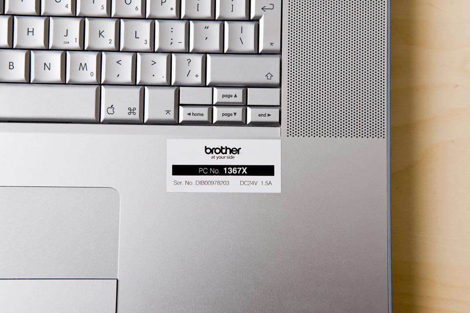 Brother TZe-251 Schriftband – schwarz auf weiß