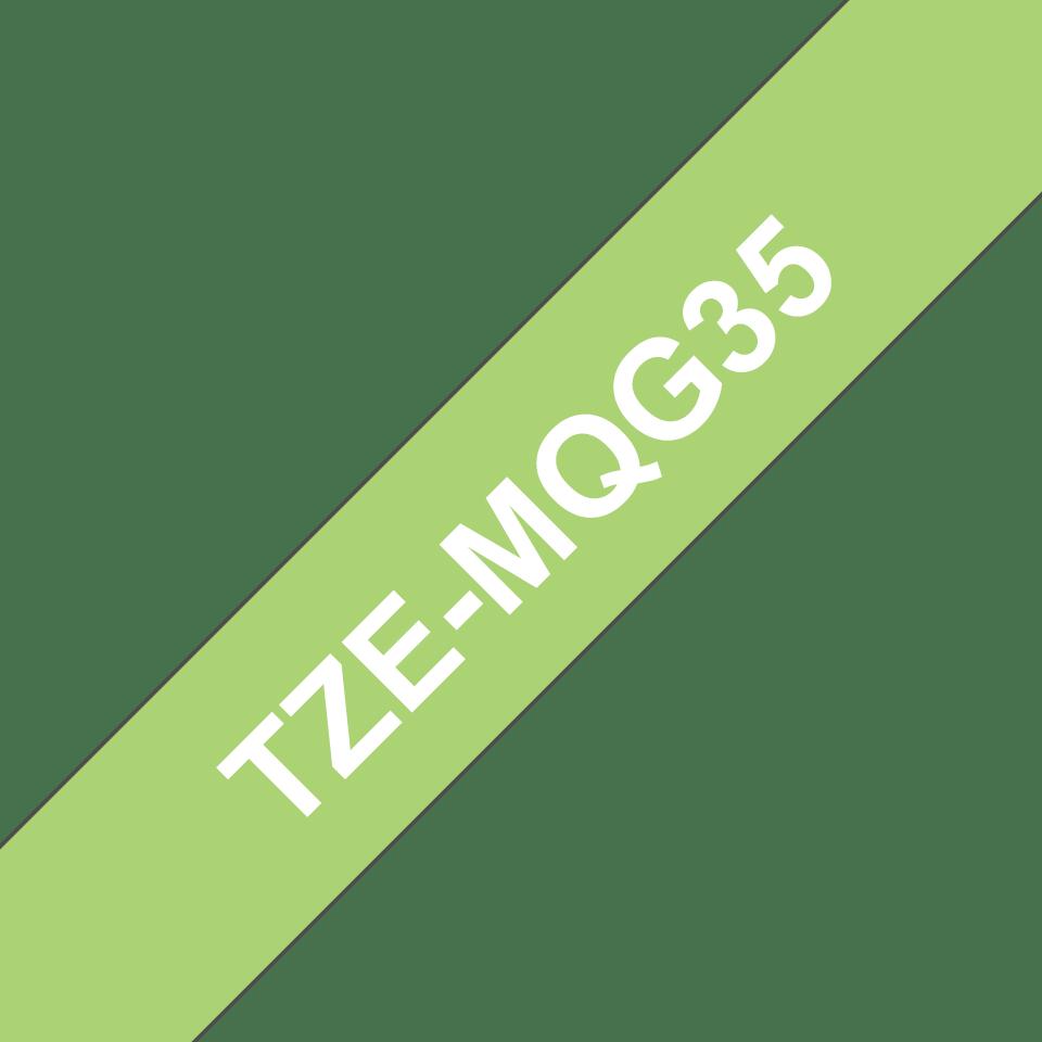 Brother TZe-MQG35 Schriftband – weiß auf apfelgrün (matt) 2